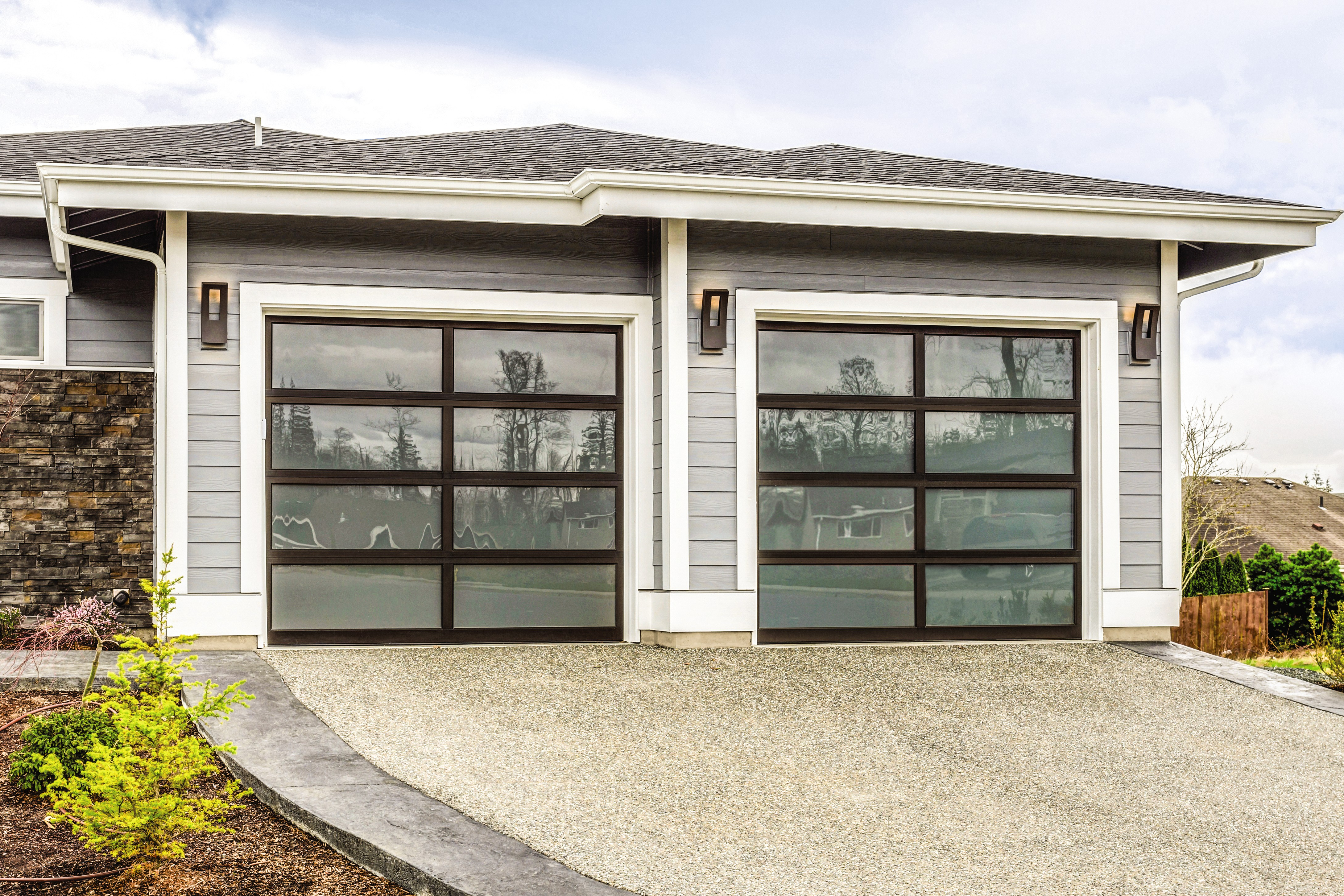 Modern Aluminum garage door picture